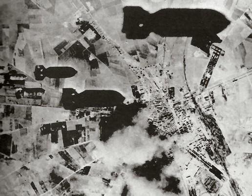 Bombe su Foggia