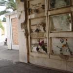 Danni delle bombe visibili ancor oggi al cimitero di Foggia
