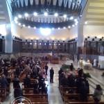 Interno del Santuario durante una messa