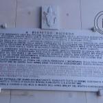 Una delle targhe poste all'ingresso del Santuario dell'Incoronata