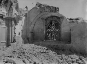 La Chiesa della Maddalena in via Altamura, subito dopo i bombardamenti del 43