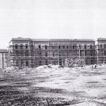 L'edificio in costruzione