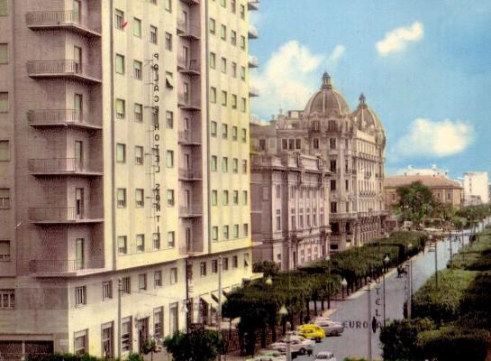 L'Hotel Sarti su Viale XXIV Maggio