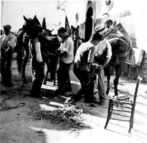 1945 Bottega di un maniscalco