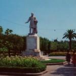 La statua di Lanza nell'attuale sede