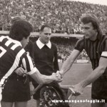 Serie A (1976/77) Scambio di gagliardetti con Causio
