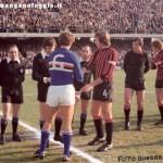 Serie A (1976/77) - Scambio di gagliardetti con Lippi