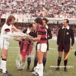 Amichevole con il Flamengo per festeggiare il ritorno in B - Scambio di gagliardetti con Tita