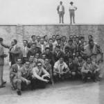 Gruppo di tifosi in trasferta a Pescara nel 1954