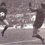 1977-78 - Chiodi (Bologna) trafigge il portiere Memo