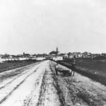 In questa foto di via San Severo, intorno al 1920, si vede sulla sinistra il complesso della caserma