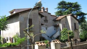 """Palazzina in via Chiodo alla """"Garbatella"""" (Roma)"""