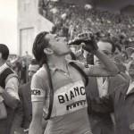Fausto Coppi allo Zaccheria in una tappa di una edizione Giro d'Italia degli anni 50