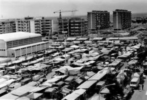 Il mercato del venerdì vicino allo stadio