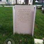 La stele che ricorda il dott. Diego De Mita