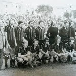 1973/74 In piedi: all.Toneatto, Pirazzini, Colla, Bruschini,Liguori, Scorza, Giacinti, Golin  accosciati: Del Neri, Valente, Luigi Villa, Rognoni, Silvano Villa, Pavone