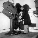 Cine teatro Galleria - Nella cabina di proiezione Giovanni Campanaro, operatore e tecnico del suono - (foto Ariston)
