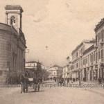 Chiesa Madonna della Croce e via Lanza negli anni 20 (collezione privata Marco Scarpiello)