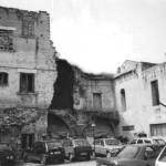 Piazza Siniscalco Ceci negli anni 90 con gli ancora evidenti danni dei bombardamenti del 43