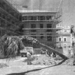 Nel 2001 viene espianta la palma che sarà trasferita in villa