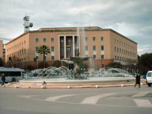 La Fontana del Sele dopo il restauro e con nuovi zampilli d'acqua laterali - La fontana è stata riconsegnata alla città il 17 febbraio 2007