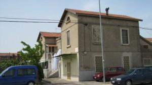 Penultima palazzina delle Popolari su via Lucera a Foggia