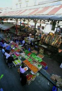 Il mercato coperto negli anni 80